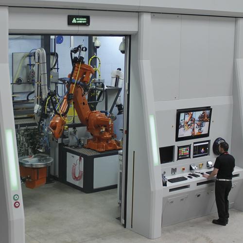 Около 65% работы Cyan Tec Systems - это создание лазерных систем на заказ