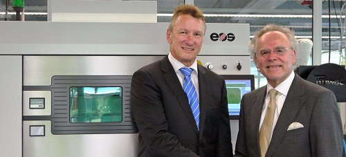 Pascal Boillat (left), Head of GF Machining Solutions and Dr. Hans J. Langer, Founder and CEO of EOS